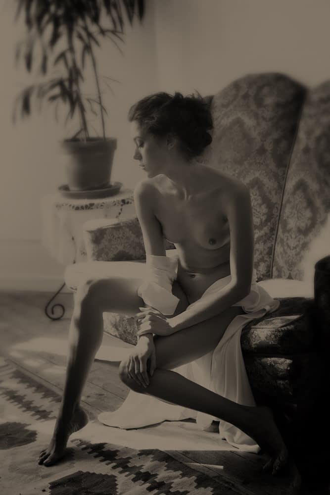 nude portrait photographer in Monaco