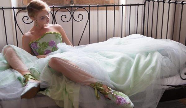 Portrait of ballerina by portrait photographer on the cote d'azur